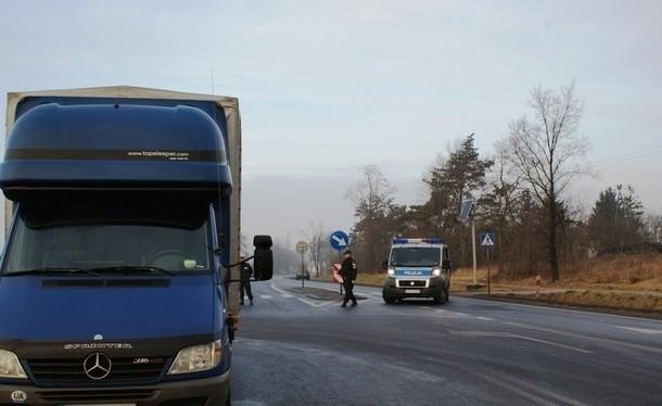 W piątek rano na Objazdowej w Kutnie zginął mężczyzna.