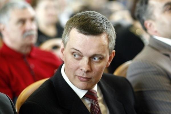 Tomasz Siemoniak zaoszczędził 5 tys. zł. Minister obrony ma...