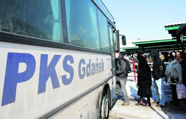 W autobusach kursujących na trasie Gdańsk - Krynica Morska jest kilka stopni mrozu