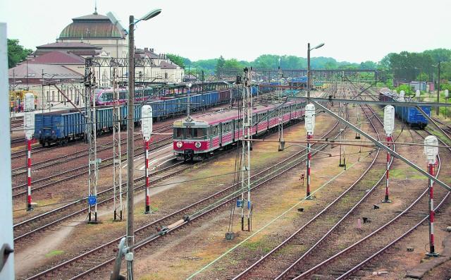 Poważne prace  na torach potrwają do 2014 roku. Gdy modernizacja linii się skończy, pociągi mają jeździć nawet 120 km/h