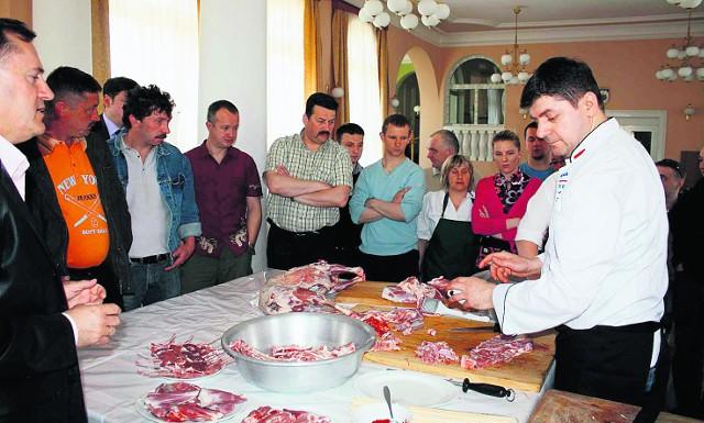 Huseyin Cinar ze stolicy Turcji pokazywał naszym restauratorom i bacom, co można zrobić z jagnięciny
