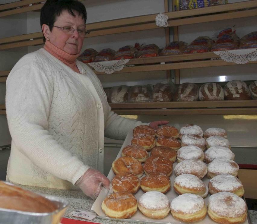 Teresa Finkbeiner  z Katowic  sprzeda dziś setki krepli