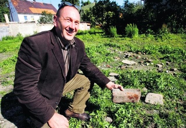 Mirosław Mileszko miał w Chojnowie domek. Został po nim pusty plac i parę cegieł
