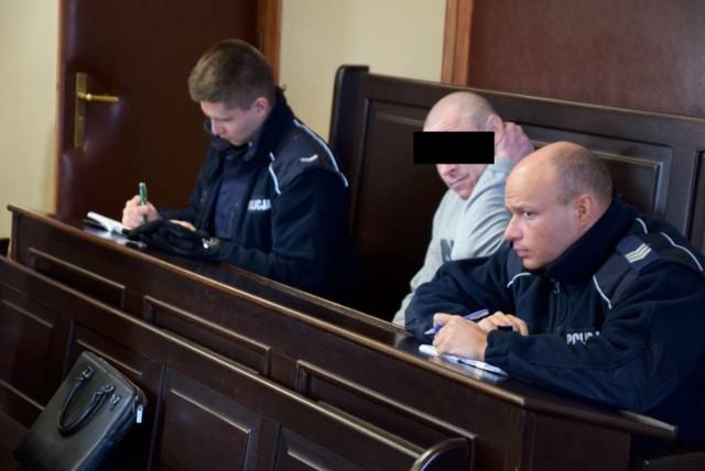 Podpalenia w gminie Czerniejewo: kolejna odsłona rozprawy Łukasza U.