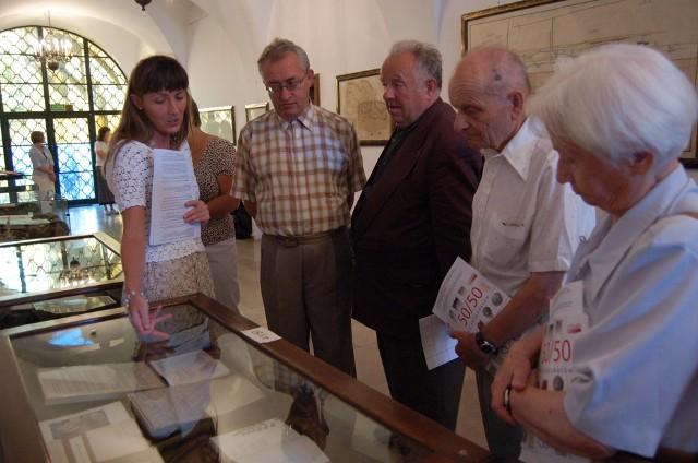 Wiele ze swoich zbiorów muzeum pokazuje tylko czasowo. Potem zalegają w magazynie