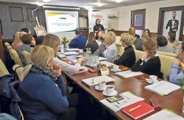 Przedstawiciele KOWR  spotkali się z lokalnymi producentami żywności w Restauracji Młyńskiej w Koszalinie