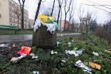 Kraków: Na Celarowskiej straszy góra śmieci