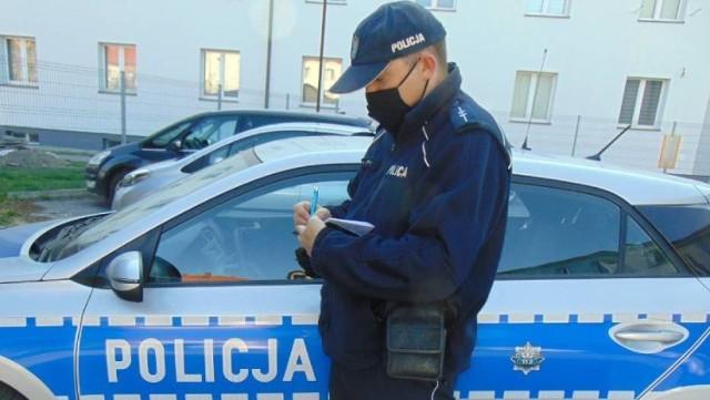 W sumie tarnowska policja od 3 do 5 kwietnia w Tarnowie i regionie wystawiła 55 mandatów za niezasłanianie ust i nosa