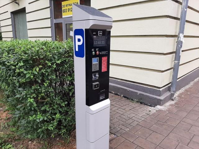 Nowe parkomaty już działają w Bytomiu. Zmiany w Strefie Płatnego Parkowania weszły w życie. Zobacz zdjęcia >>>