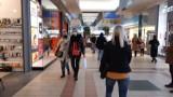 Tłumy w galeriach handlowych w Śląskiem. Dziś ostatnia szansa na świąteczne zakupy przed lockdownem