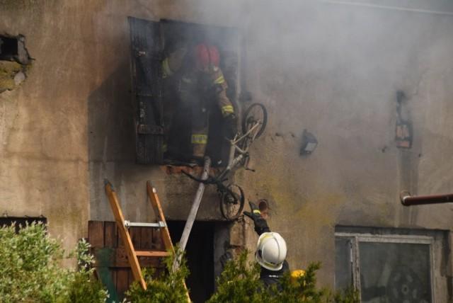 Gmina Gniezno. Pożar budynku gospodarczego w Pyszczynku