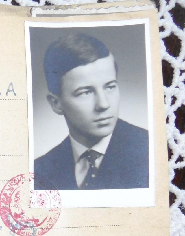 Jan Miodek krótko przed egzaminem maturalnym w 1963 roku