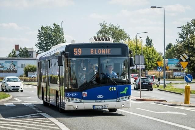 Pasażerów komunikacji miejskiej w Bydgoszczy czekają zmiany. W poniedziałek, 29 czerwca, obowiązywać zaczną wakacyjne rozkłady.   Sprawdźcie, które linie autobusowe będą kursowały z mniejszą częstotliwością >