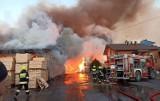 Pożar w Pokrzywniakach- straty szacuje się na 1,8 mln zł. Rodzina i znajomi apelują o pomoc[FOTO]