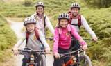 Bezpieczne wakacje – o jakich zasadach warto pamiętać wybierając się na wypoczynek z dzieckiem
