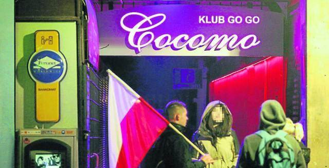 Pod koniec marca w Starym Mieście nie będzie można prowadzić nocnych klubów ze striptizem i nagabywać do wejścia do nich