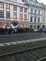 Protestowali w obronie lekarki z Lądka-Zdroju. Twierdzi, ze pandemia nie istnieje