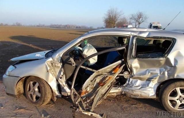 Wypadek w miejscowości Wilamowa pod Paczkowem. 80-letni kierowca toyoty zmarł w szpitalu