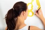 Jak usunąć plamę z podłogi? A z farby? Te proste porady ułatwią wam życie! [GALERIA]