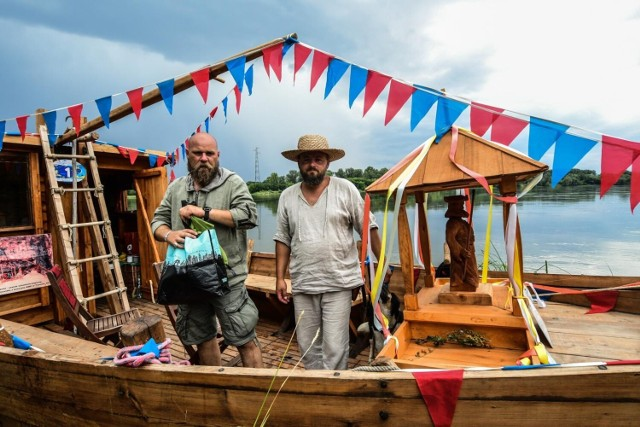 W ramach Flisu św. Jakuba, czyli rejsu z Warszawy do Gdańska, do nabrzeża w Starym Fordonie przybiła nasuta, łódź zrekonstruowana na wzór średniowiecznych jednostek pływających po Wiśle