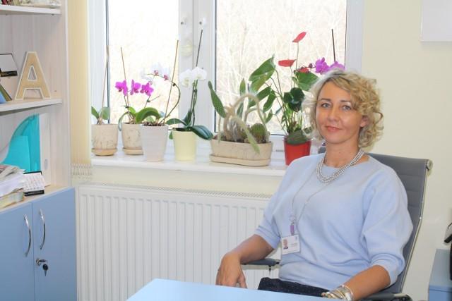Aldona Płachtij, kierowniczka Oddziału Leczenia Uzależnień dla Kobiet Wojewódzkiego Szpitala dla Nerwowo i Psychicznie Chorych Dziekanka w Gnieźnie