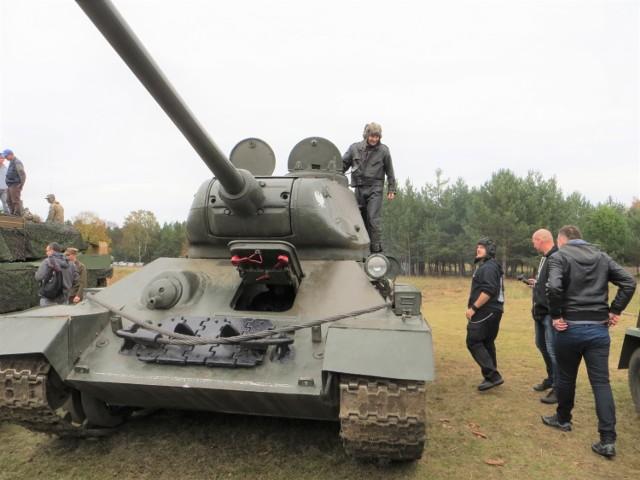 """Czołg """"Rudy"""" stanowi wielką atrakcję podczas pikników militarnych"""