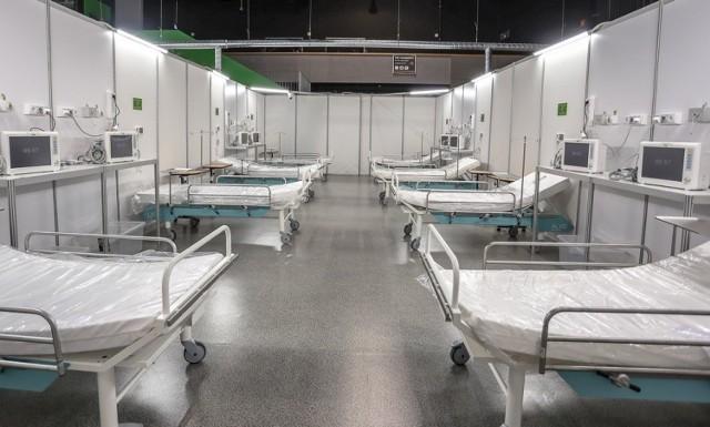 Szpital w halach Amber Expo gotowy na przyjęcie pacjentów! Zobacz zdjęcia >>>