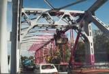 Stare zdjęcia Głogowa z naszego archiwum. Zanim most stał się różowy. Poznacie te miejsca?