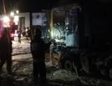 Tarnów. Pożar samochodu ciężarowego na ulicy Zakładowej w Tarnowie. Z ogniem walczyło piętnastu strażaków