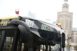 Na autobusach i tramwajach pojawiły się flagi. Miasto solidarne ze strajkiem kobiet