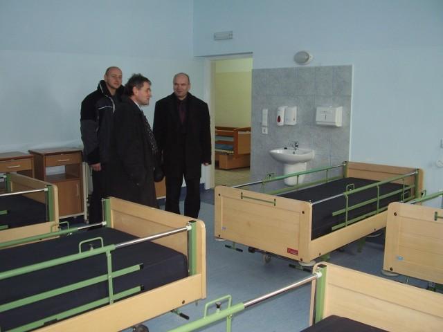 W nowym obiekcie, po którym oprowadził nas starosta, przewidziano na razie 35 miejsc