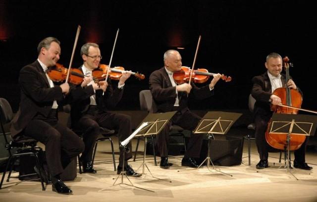 Grali koncerty na całym świecie! Teraz zagrają także w Wolsztynie. Grupa MoCarta w WDK już w kwietniu
