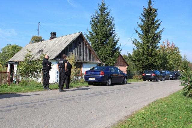 Prokurator skierował w sobotę wniosek o tymczasowy areszt dla wszystkich trzech mężczyzn zatrzymanych w związku z zabójstwem 34-latki.