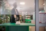 Biblioteki w Warszawie ponownie otwarte. Książki będą podlegać kwarantannie