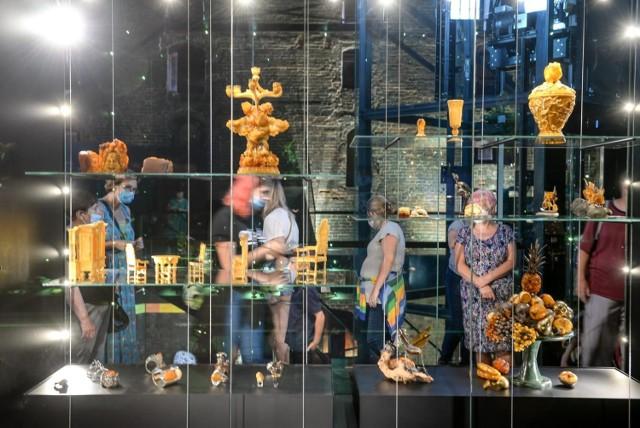 Otwarcie Muzeum Bursztynu w Wielkim Młynie. Tłumy zwiedzających