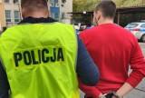 Aż 20 zarzutów dla dilera z Bydgoskiego Przedmieścia w Toruniu [zdjęcia, wideo]