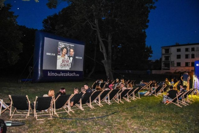 W ubiegłym roku kino plenerowe również gościło w Parku Zamkowym w Szamotułach