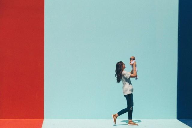 Czy szkodzisz swojemu dziecku? Nawet mając dobre chęci, możesz wyrządzać swojemu dziecku krzywdę lub narażać je na niebezpieczeństwo! Zobacz, co możesz robić źle!