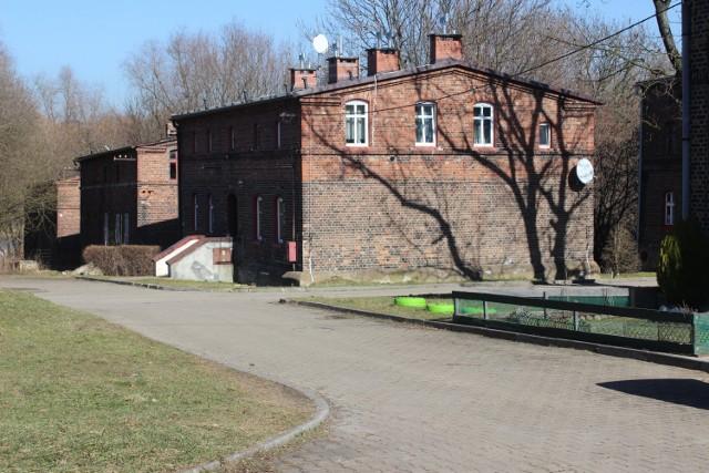 Podpisano umowę na modernizację kolejnych budynków na osiedlu Kolonia Zgorzelec w Bytomiu. Zobacz zdjęcia >>>