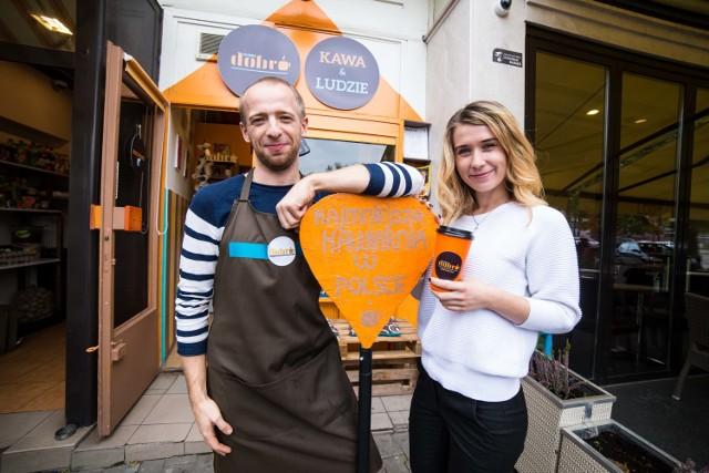 Dobro&Dobro Espresso Bar - w najmniejszej polskiej kawiarni pracują ludzie z wielkim sercem