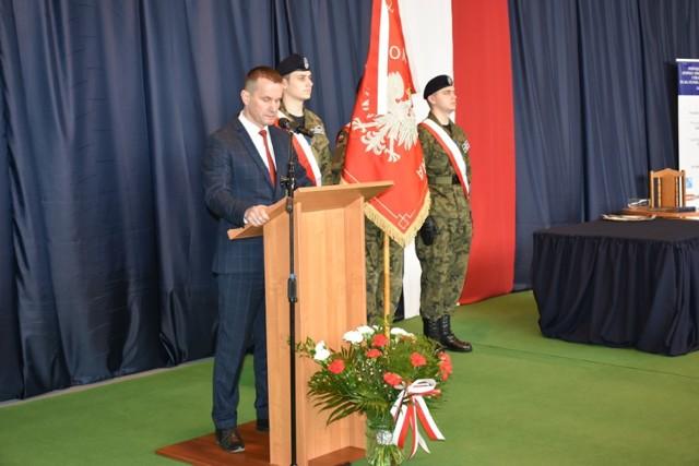 Nowy sztandar dla Zespołu Szkół Energetycznych i Transportowych w Chełmie