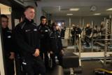 Uczniowie klas mundurowych z Wojsławic z wizytą w poddębickiej komendzie policji (ZDJĘCIA)