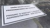 Na cmentarzu w Gorzowie znów pojawiły się kartki. Mają przypominać o opłatach