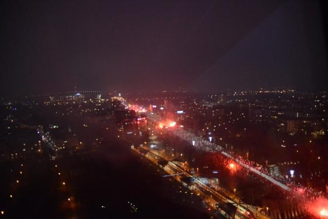 Niesamowite zdjęcia Marszu Niepodległości 200 tys. uczestników widziany z góry [ZDJĘCIA]