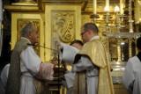 Kościół katolicki obchodził ważne święto maryjne. Wierni modlili się też za bohaterów Bitwy Warszawskiej [ZDJĘCIA]
