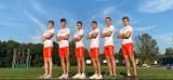 Powiatowi lekkoatleci godnie reprezentowali barwy narodowe. Orzełek noszony na piersi pomógł w sukcesie