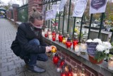 Katowice: Studenci palą znicze dla ofiar niewydolnej służby zdrowia. Będzie protest rezydentów