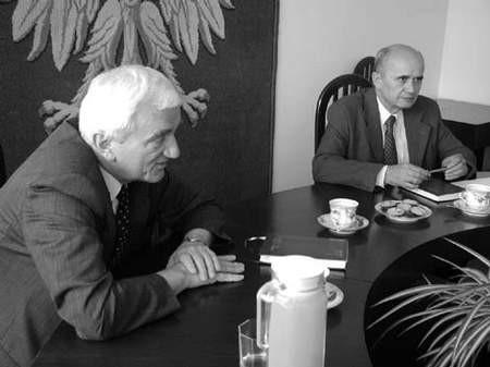 Prezesi, Andrzej Stokłosa i Piotr Pełka, mają o czym myśleć. fot. JAKUB MORKOWSKI