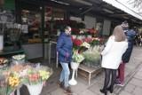 Dzień Kobiet w Łodzi: po ile tulipany, a po ile róże w kwiaciarniach? CENY kwiatów przed 8 marca w Łodzi