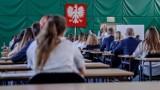 Matura 2020: Język polski - poziom podstawowy. Arkusze i odpowiedzi. Sprawdź! (8.06.2020)